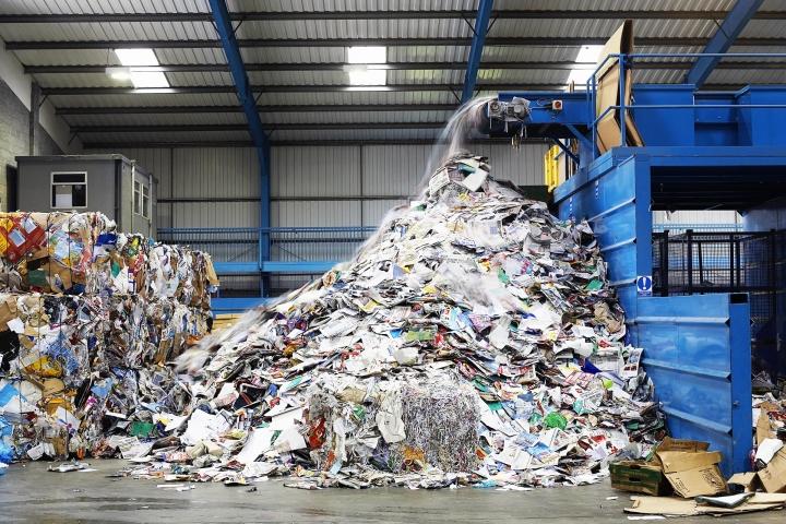 Госдума намерена упростить систему раздельного сбора мусора с целью экономии денег