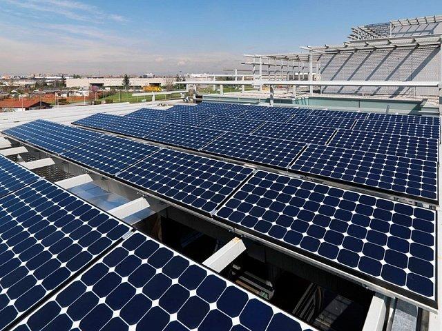 В Дубае стало проще установить солнечные батареи на крыше