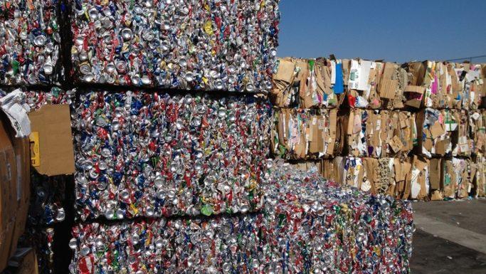 В Мурманской области построят мини-заводы по переработке мусора