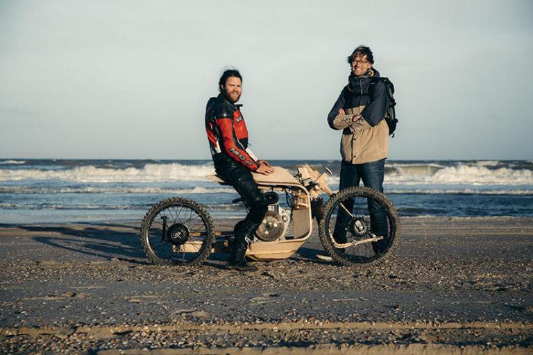 Мотоцикл, работающий на топливе из водорослей