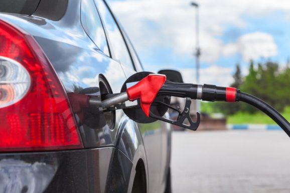 Российские курорты закроют для бензиновых автомобилей