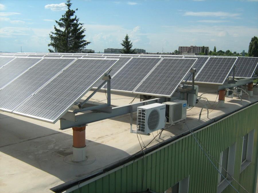 АО «Электронмаш» изготовило и поставило блочно-модульные инверторные станции для Новоузенской СЭС