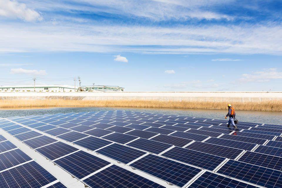 «Mitsubishi Hitachi» запускает поставщика услуг возобновляемой энергии