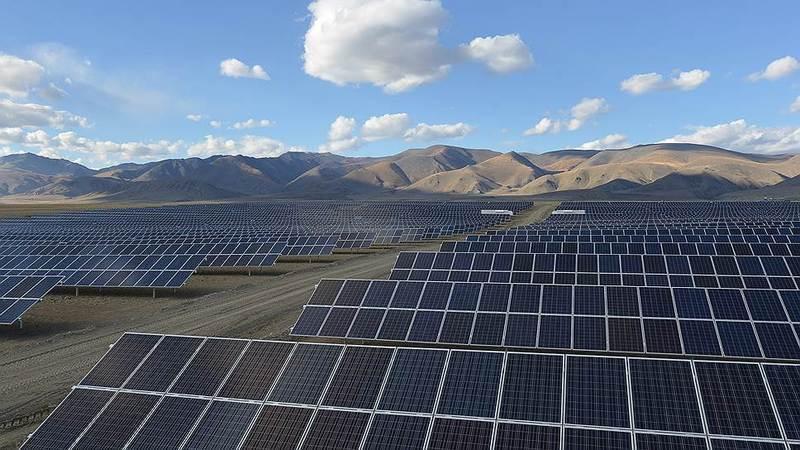 В Республике Алтай введены в эксплуатацию две солнечные электростанции