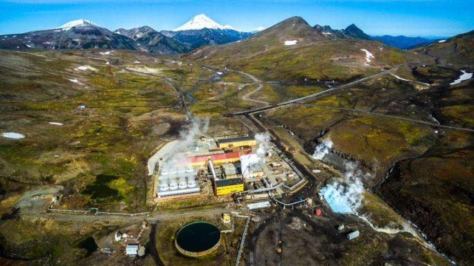 На Мутновском месторождении введена в эксплуатацию новая геотермальная скважина