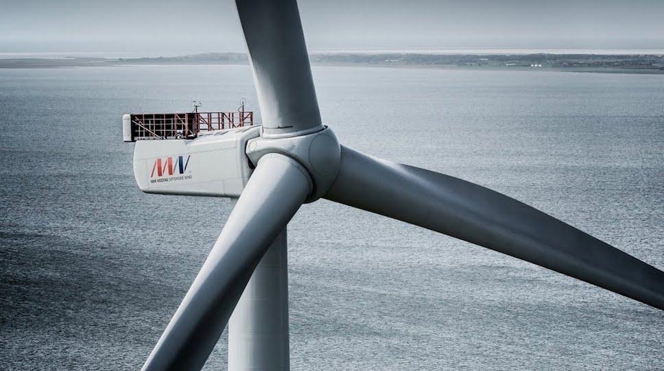 Самый мощный в мире оффшорный ветряк заработал в Нидерландах