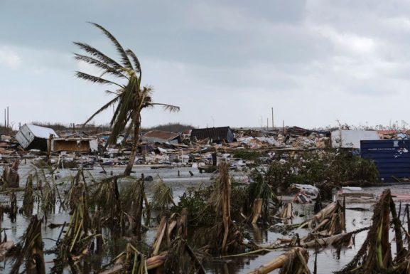 Строительство солнечных установок на Багамских островах и ураган Дориан