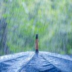 Капельный электрогенератор: энергия дождя стала новым возобновляемым источником (Видео)