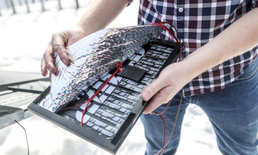 Способ автоматической очистки солнечных панелей от снега придумала пара из США
