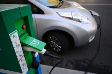 АВВ открыла в Москве новую зарядную станцию для электромобилей