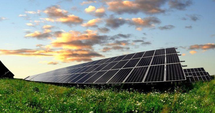 JPee выбирает первые солнечные модули для солнечной электростанции в Лабарде