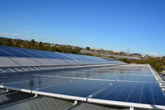 Школы Санта-Барбары получают резервное питание от солнечной батареи, одновременно экономя деньги