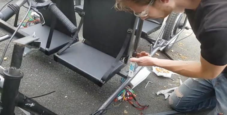 Самодельный электромобиль на солнечных батареях 4000 Вт 51 км / ч (Видео)